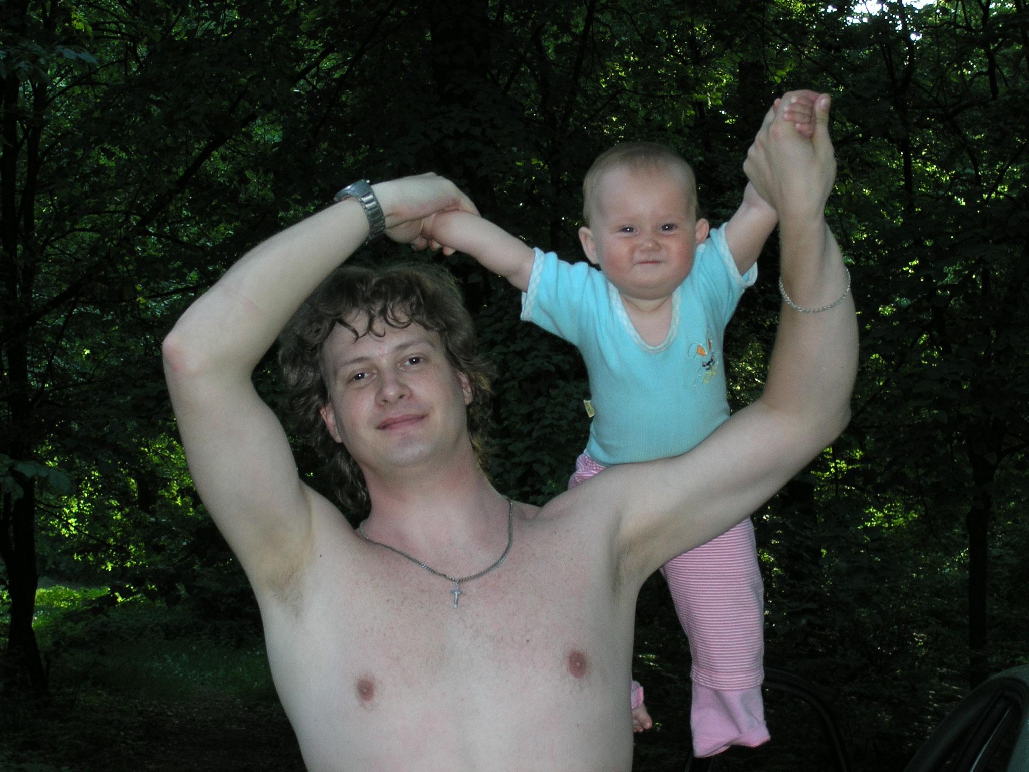 Kristna Karpenko baby-yoga